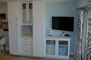 Smart TV, Plenty of Closet Space